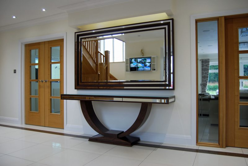 Curved Console Table with Mirror Inlay