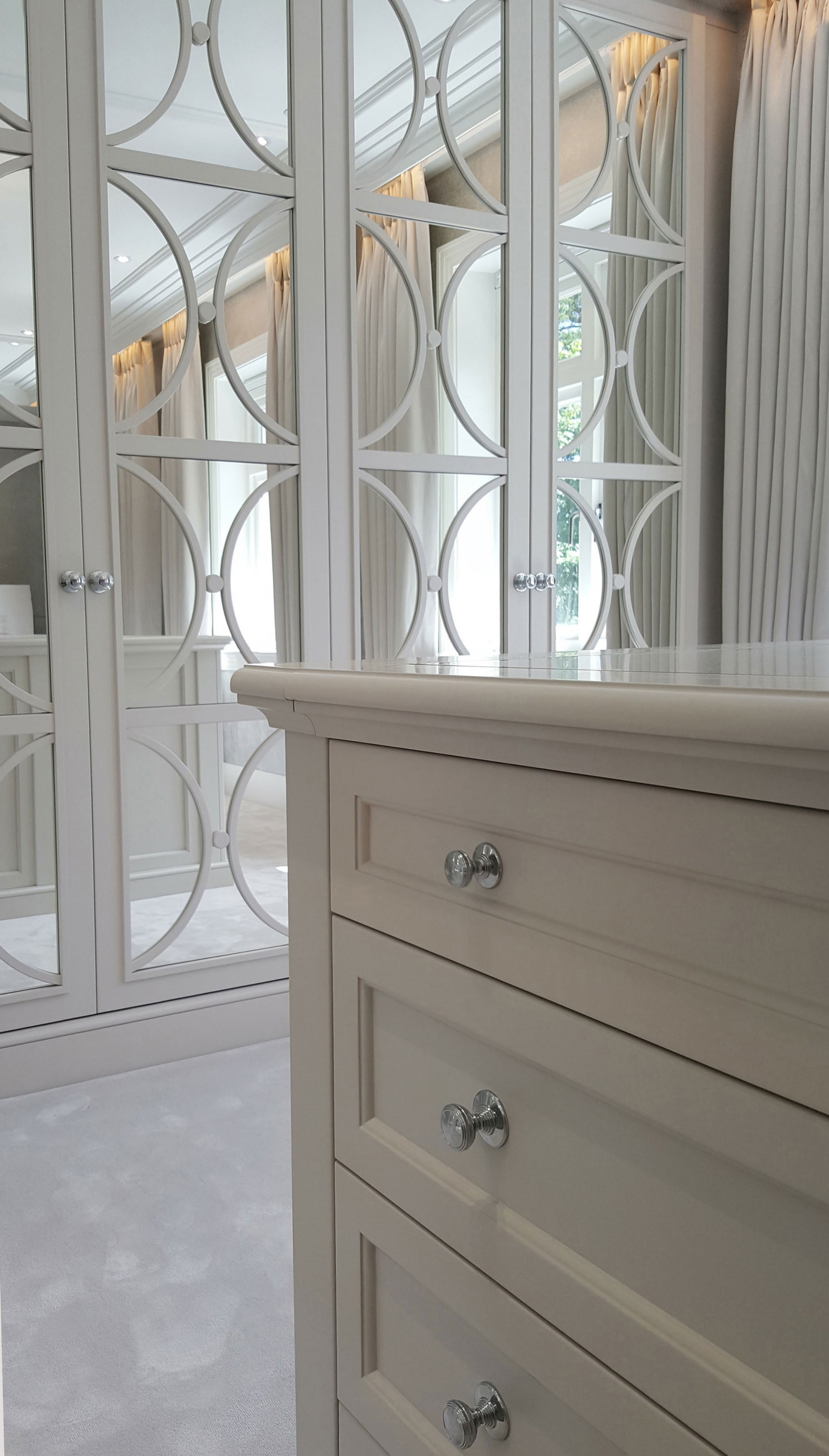 Island Unit Chest of Drawers