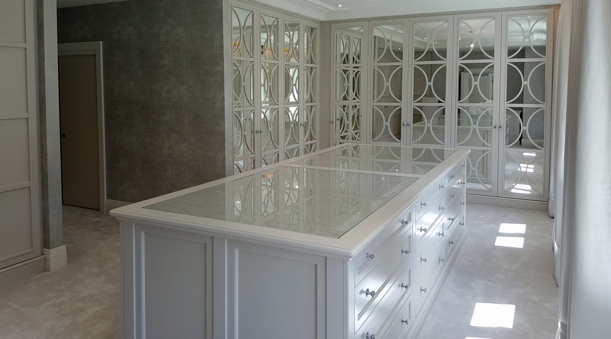 Fitted Wardrobes with Mirror and Astragal beading