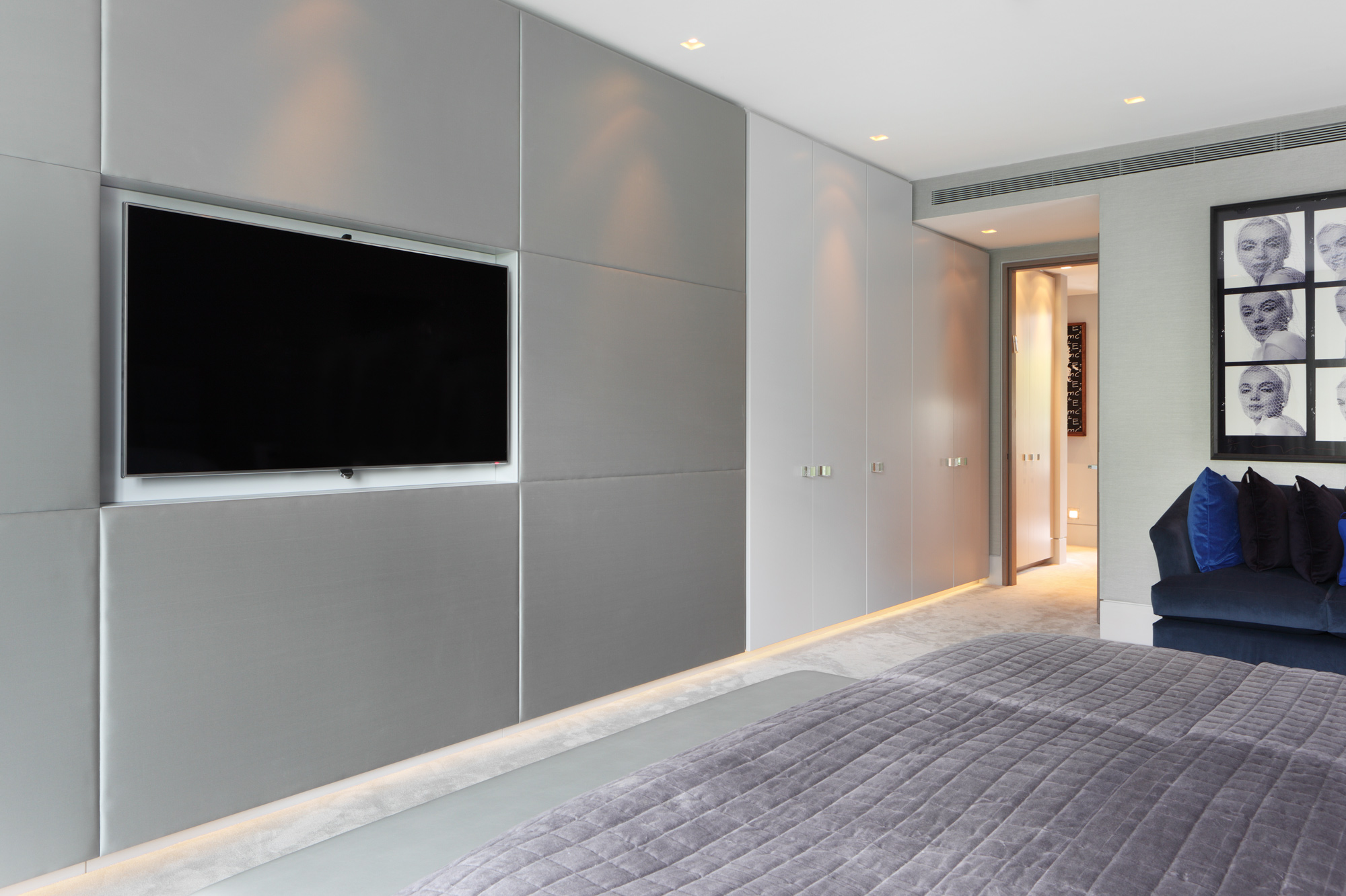 Fitted Wardrobes Wall